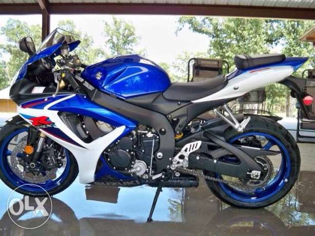2007 Suzuki gsx-r 600 ran few mile and still look like new. FOR DESCRI