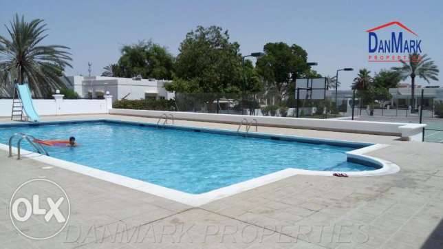 3 Bedroom Semi furnished Villa with Private Garden for rent in JASRA