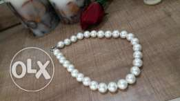 Big elegant ivory pearls necklace