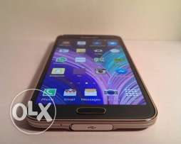 Samsung Galaxy s5 LTE good condition